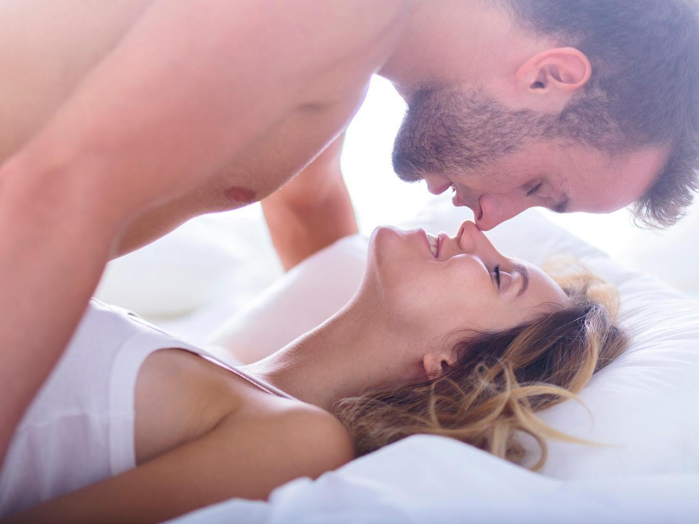 Μιράντα Κόσγκροβ πρωκτικό πορνόκυρία γυμνή φωτογραφία